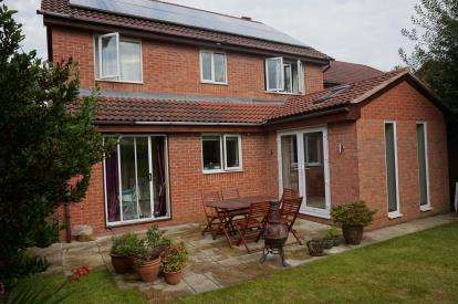 4 Bedrooms Detached House for sale in St. Georges Drive, Toton, Nottingham, Nottinghamshire