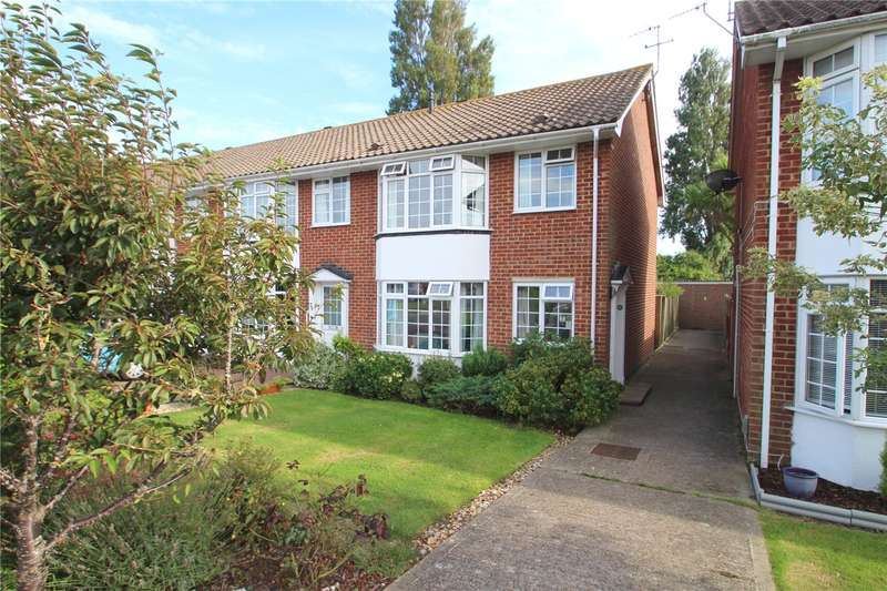 3 Bedrooms Semi Detached House for sale in Mash Barn Lane, Lancing, West Sussex, BN15