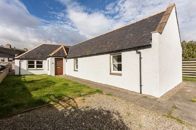 3 Bedrooms Cottage House for sale in High Street, Drumlithie, Stonehaven, Aberdeenshire, AB39 3YZ