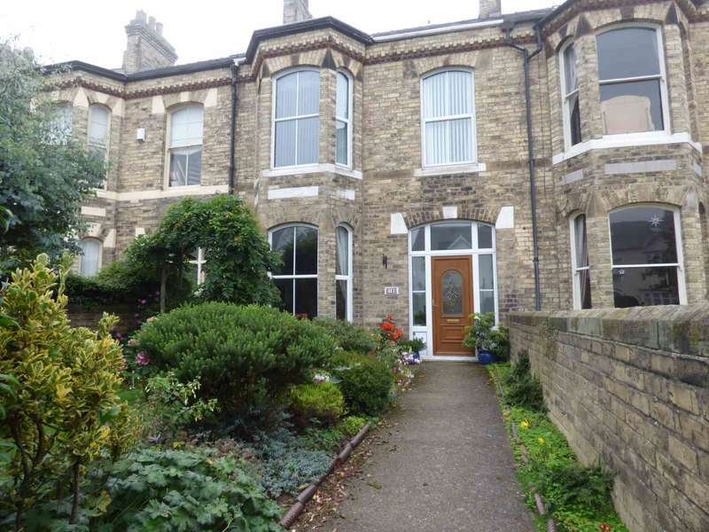 4 Bedrooms Terraced House for sale in Hilda Place, Saltburn By The Sea