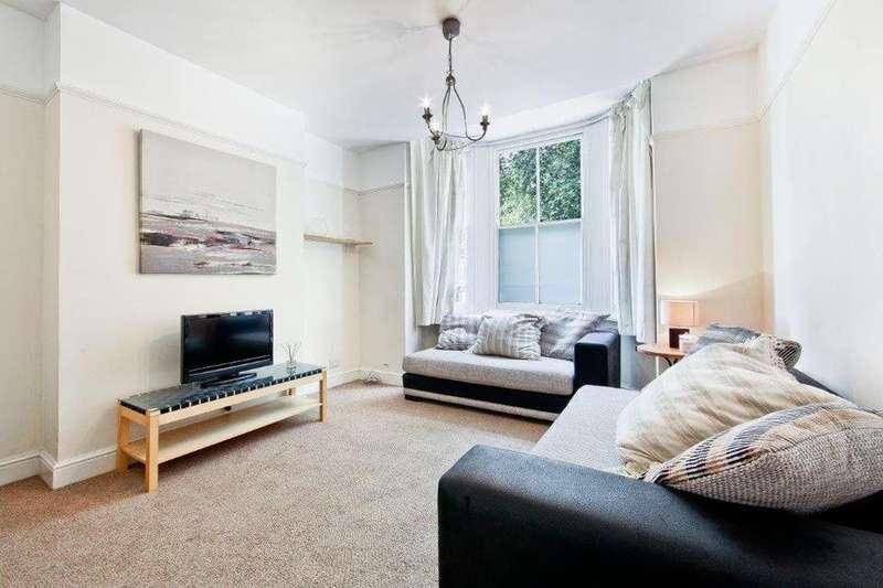 2 Bedrooms Flat for sale in Lower Road, London SE16
