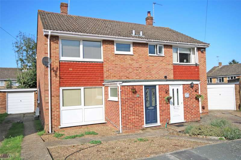 3 Bedrooms Semi Detached House for sale in Ongar Place, Addlestone, Surrey, KT15
