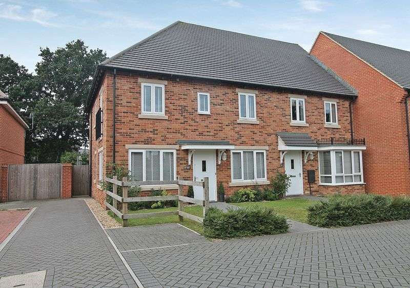 4 Bedrooms Terraced House for sale in Fragorum Fields, Titchfield Common