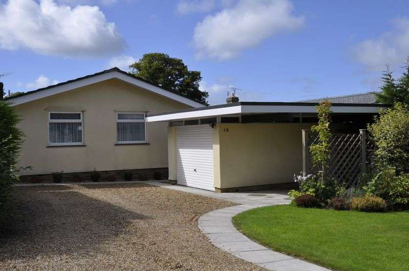 3 Bedrooms Detached Bungalow for sale in Karen Close, Backwell