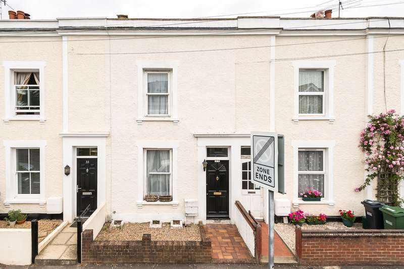 3 Bedrooms Terraced House for sale in Warren Road, Reigate, RH2