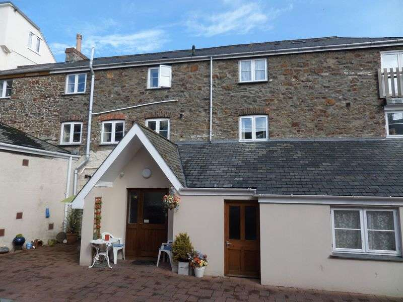 1 Bedroom Flat for sale in King Street, Bideford
