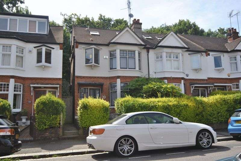 4 Bedrooms Semi Detached House for sale in Coleridge Road, Crouch End, N8