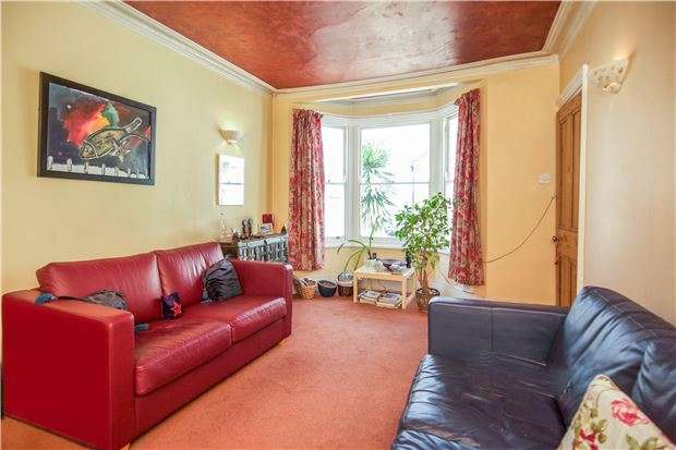 1 Bedroom Flat for sale in Camborne Road, LONDON, SW18 4BJ