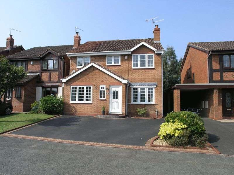 4 Bedrooms Detached House for sale in STOURBRIDGE, NORTON, Heath Farm Road