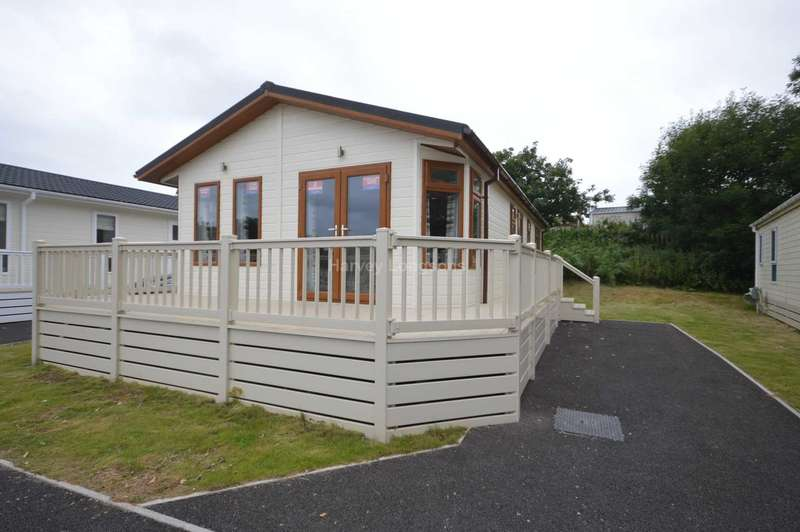 2 Bedrooms Lodge Character Property for sale in Golden Sands Holiday Park, Week Lane, Dawlish