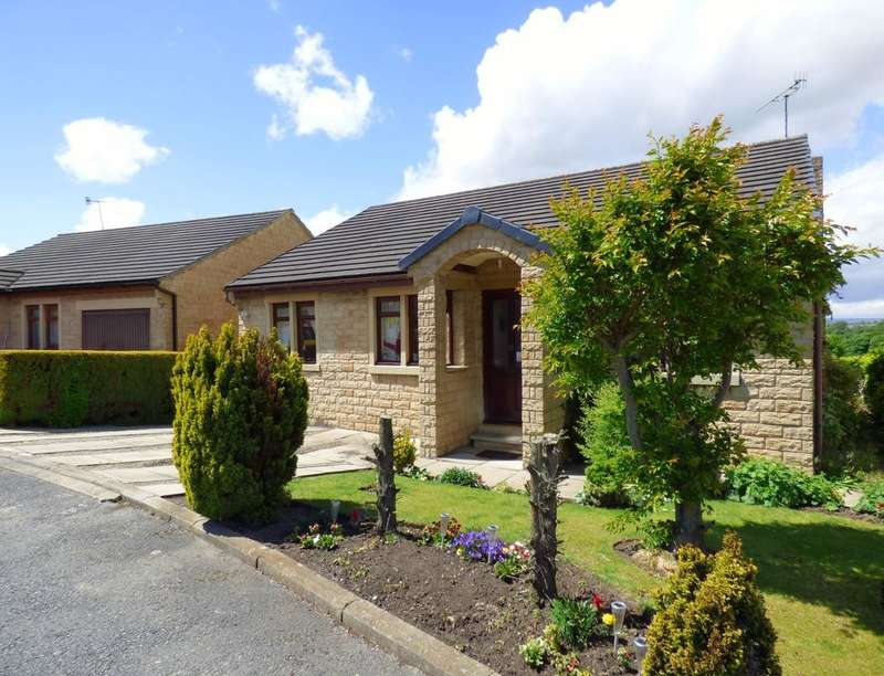 3 Bedrooms Detached Bungalow for sale in Park House Drive, Dewsbury, WF12