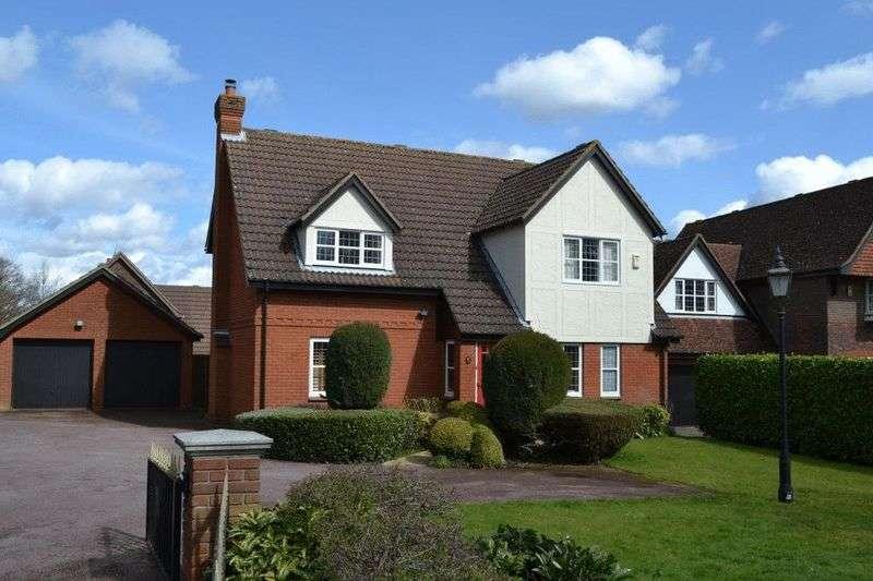 4 Bedrooms Detached House for sale in NORTH TONBRIDGE