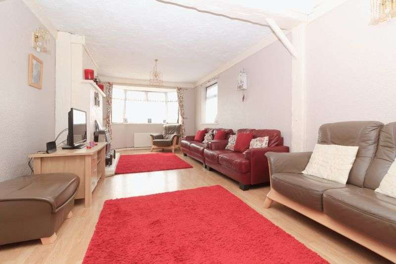 4 Bedrooms Detached Bungalow for sale in Abbey View Drive, Minster
