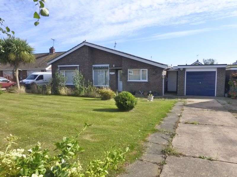 3 Bedrooms Detached Bungalow for sale in Happisburgh