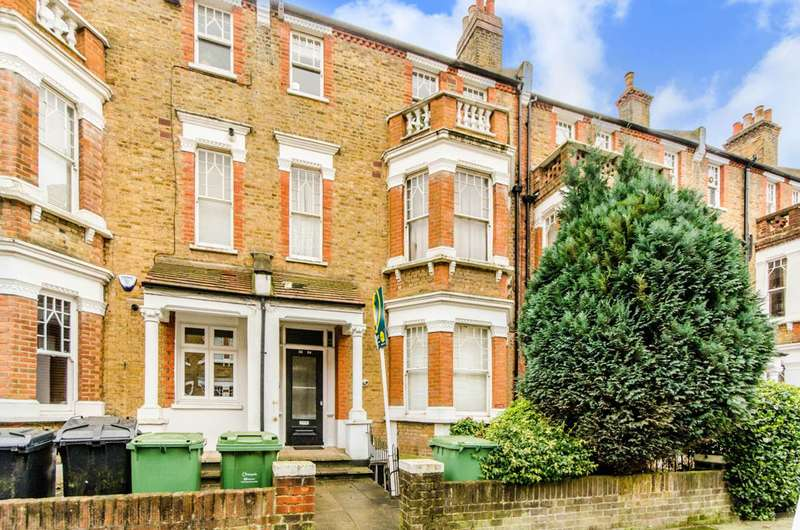 1 Bedroom Flat for sale in Gondar Gardens, West Hampstead, NW6