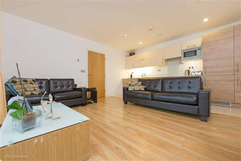 1 Bedroom Property for sale in This Space, 3 Cornell Square, Wandsworth, London, SW8