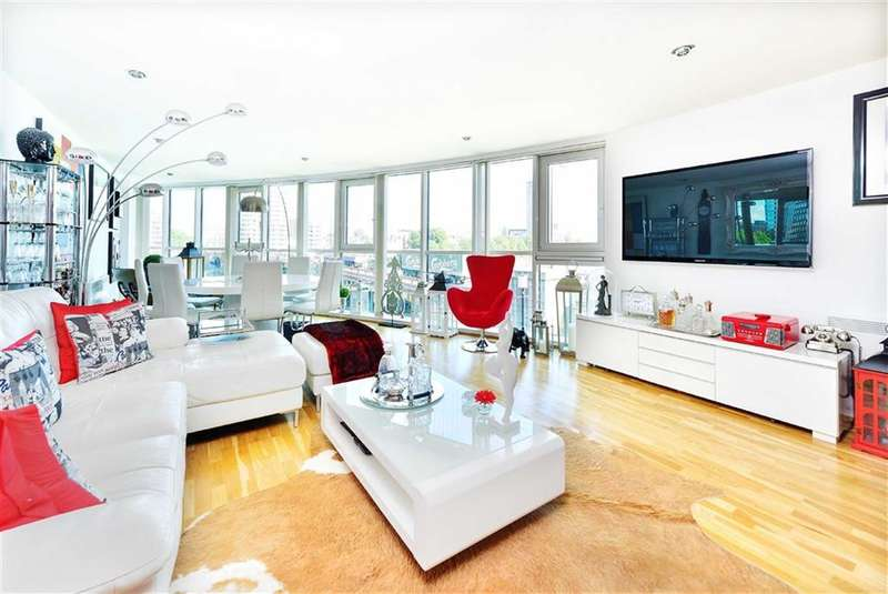 3 Bedrooms Property for sale in Bridge House, St George Wharf, London