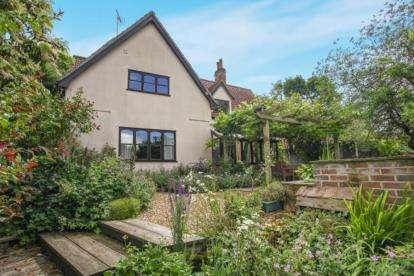 4 Bedrooms Detached House for sale in Kedington, Haverhill, Suffolk