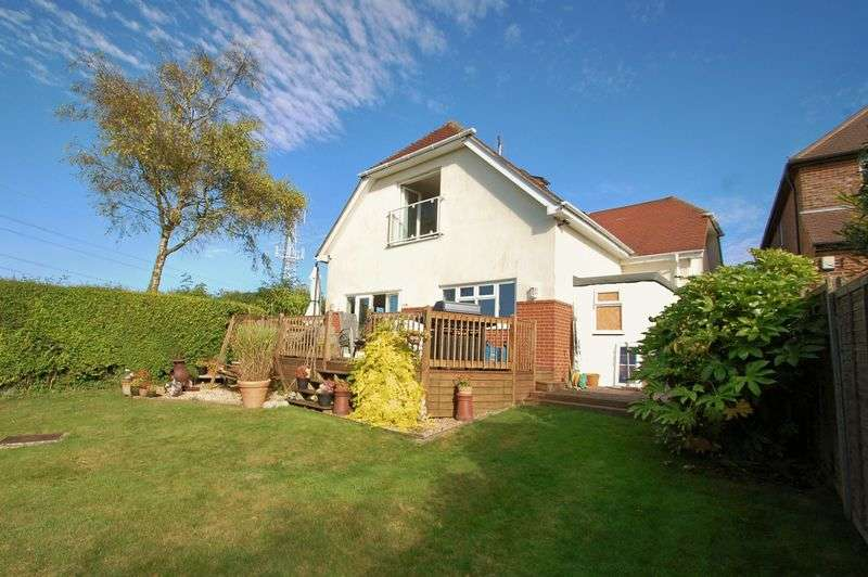 3 Bedrooms Detached House for sale in Glamorgan Road, CATHERINGTON, Hampshire