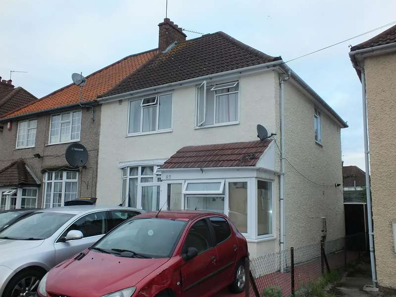 3 Bedrooms Semi Detached House for sale in York Avenue, Hayes, Middlesex, UB32TW