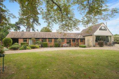 3 Bedrooms Barn Conversion Character Property for sale in Beckford, Tewkesbury, Worcestershire