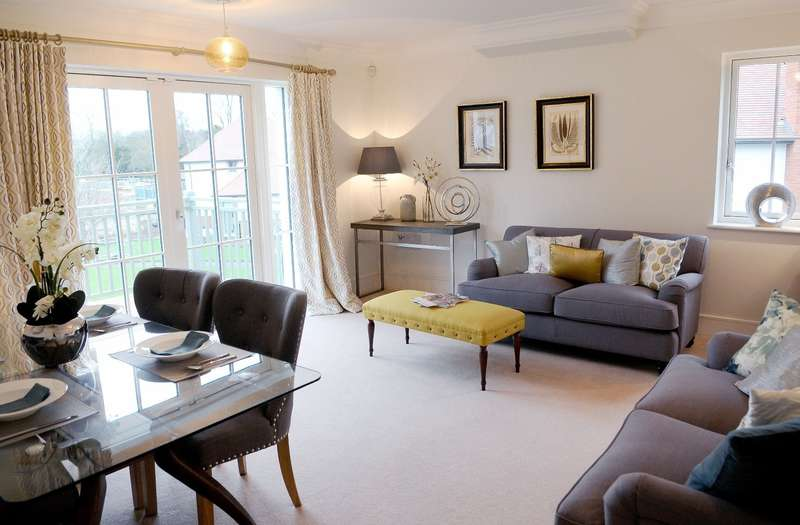 2 Bedrooms House Share for sale in Selman Way, Audley Chalfont Dene, Rickmansworth Lane, Chalfont St. Peter, SL9