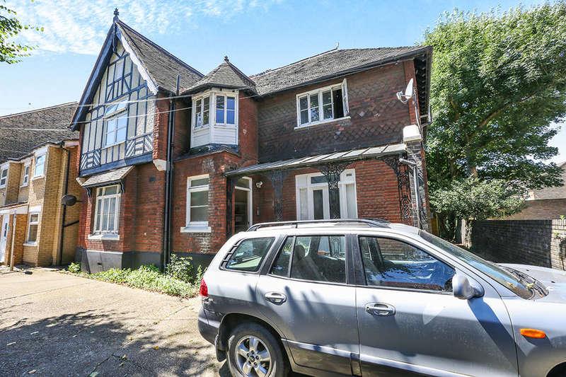1 Bedroom Flat for sale in Carnarvon Road, London, E15
