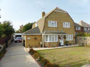 4 Bedrooms Detached House for sale in Robin Hood Lane, Lydd, Romney Marsh, Kent