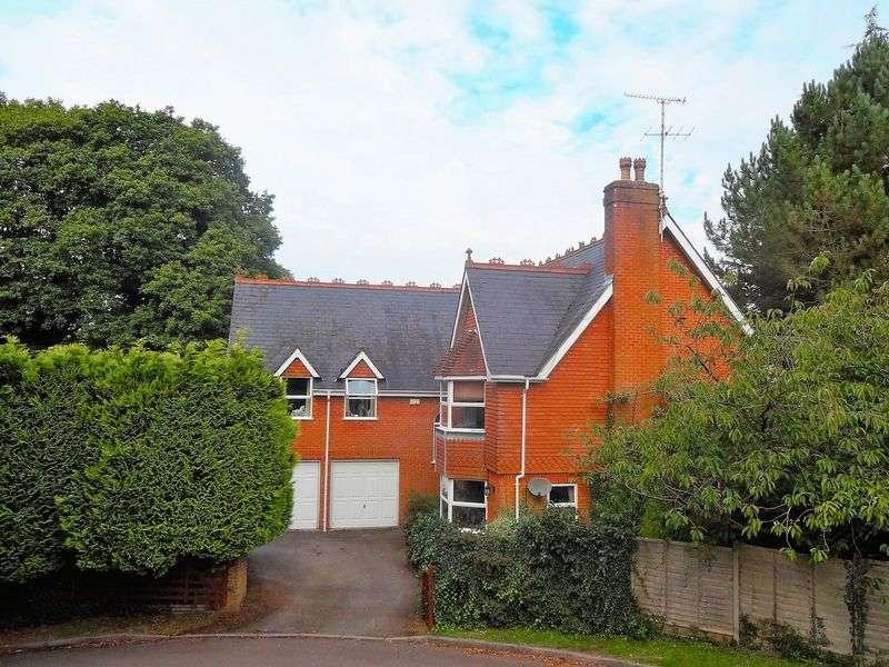 5 Bedrooms Detached House for sale in Oakhurst, Grayshott