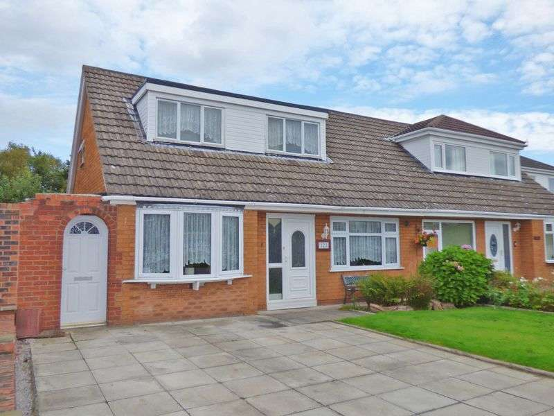 3 Bedrooms Semi Detached House for sale in Malpas Road, WA7 4AP