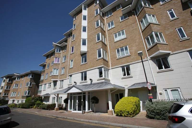 3 Bedrooms Apartment Flat for sale in Charlwood House, Strand Drive, Kew