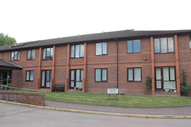 1 Bedroom Retirement Property for sale in Park Avenue, Enfield