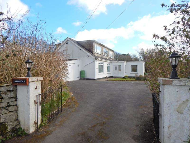 8 Bedrooms Detached Bungalow for sale in Trescowe Road, Goldsithney, Penzance