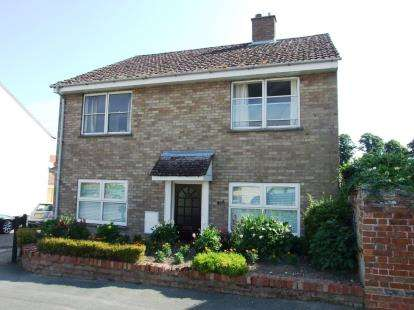 2 Bedrooms Flat for sale in Isleham, Cambridgeshire