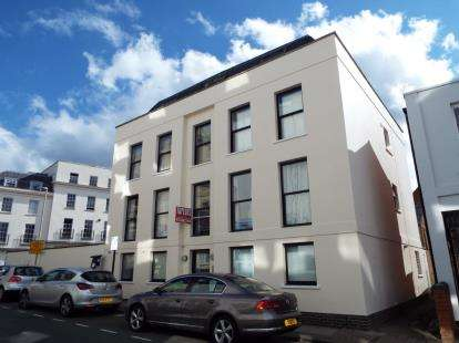 2 Bedrooms Flat for sale in Wellington Street, Cheltenham, Gloucestershire, England