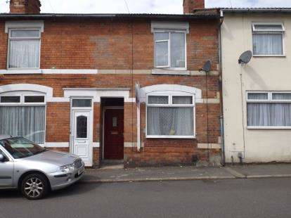 3 Bedrooms Terraced House for sale in Nelson Street, Kettering, Northamptonshire, Uk