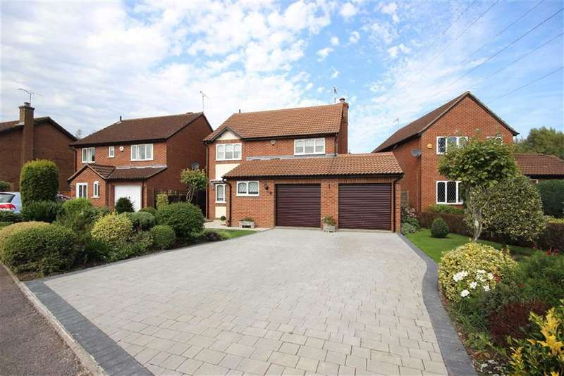 4 Bedrooms Property for sale in Aragon Drive, Warwick, CV34