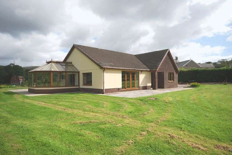3 Bedrooms Detached Bungalow for sale in 32b Bryndulais Avenue, Seven Sisters, Neath, SA10 9EG