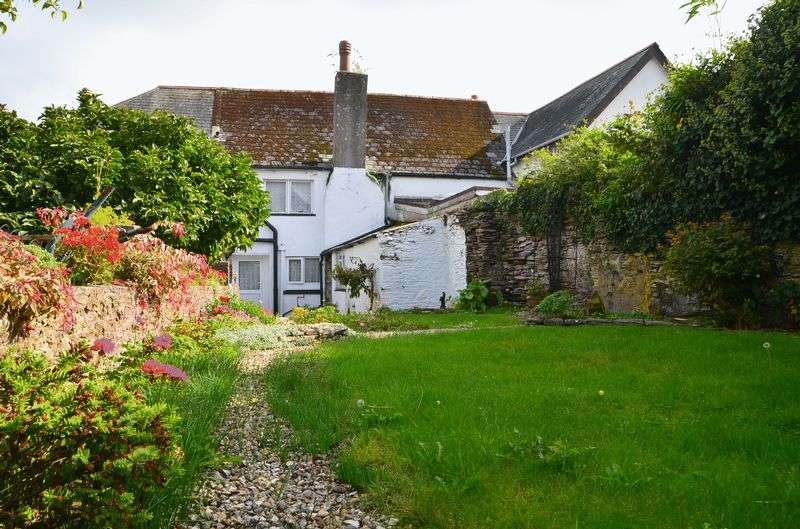 3 Bedrooms Terraced House for sale in MILTON STREET, BRIXHAM