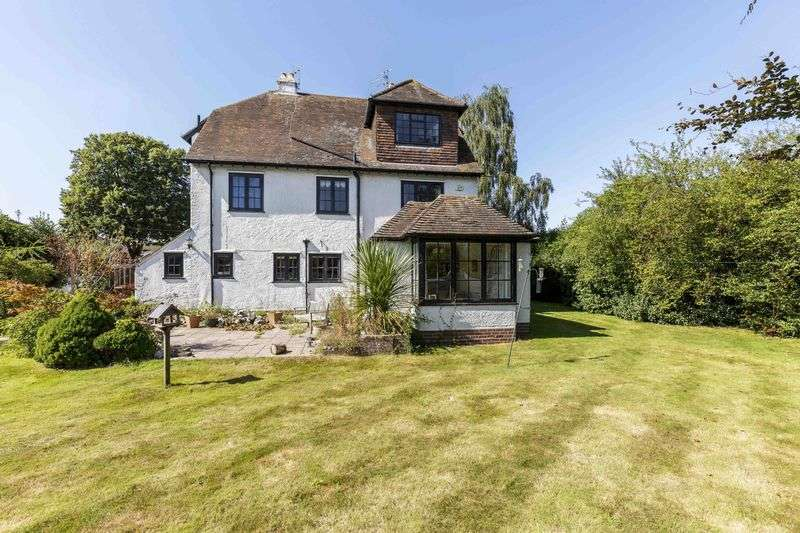 7 Bedrooms Detached House for sale in Southleigh Road, Denvilles, Havant