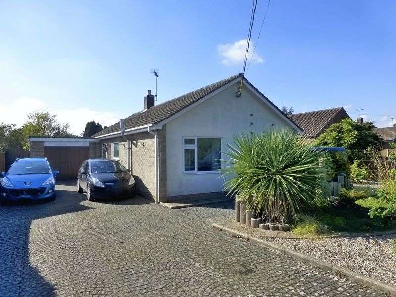 3 Bedrooms Detached Bungalow for sale in Smallburgh