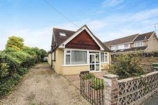 4 Bedrooms Bungalow for sale in Pepperscoombe Lane, Upper Beeding, Steyning, West Sussex