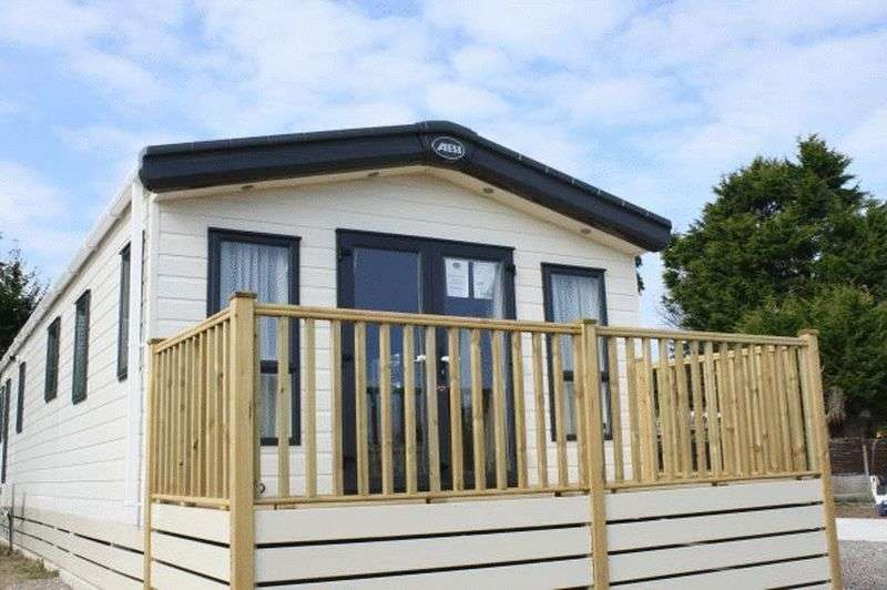 2 Bedrooms Bungalow for sale in Pool Brow Park, Poolfoot Lane, Poulton-Le-Fylde