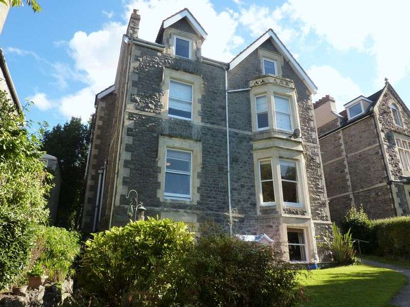 2 Bedrooms Flat for sale in Two bedroom garden apartment in mid Clevedon