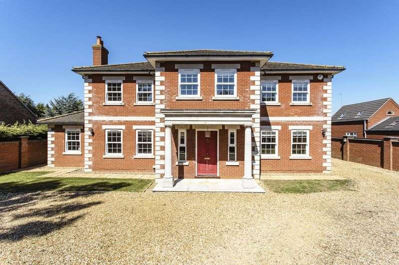 5 Bedrooms Detached House for sale in High Road, Gorefield