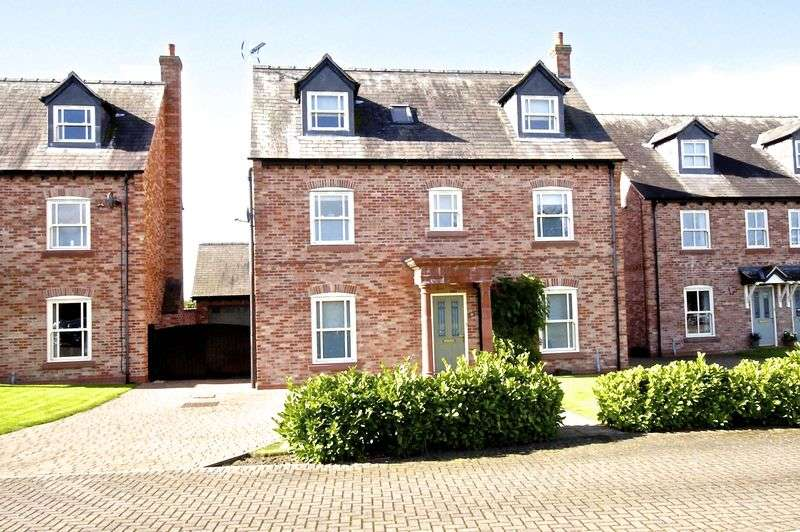 4 Bedrooms Detached House for sale in Castle Gate, Holt