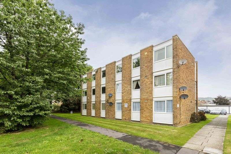 2 Bedrooms Flat for sale in Watermead Road, Portsmouth