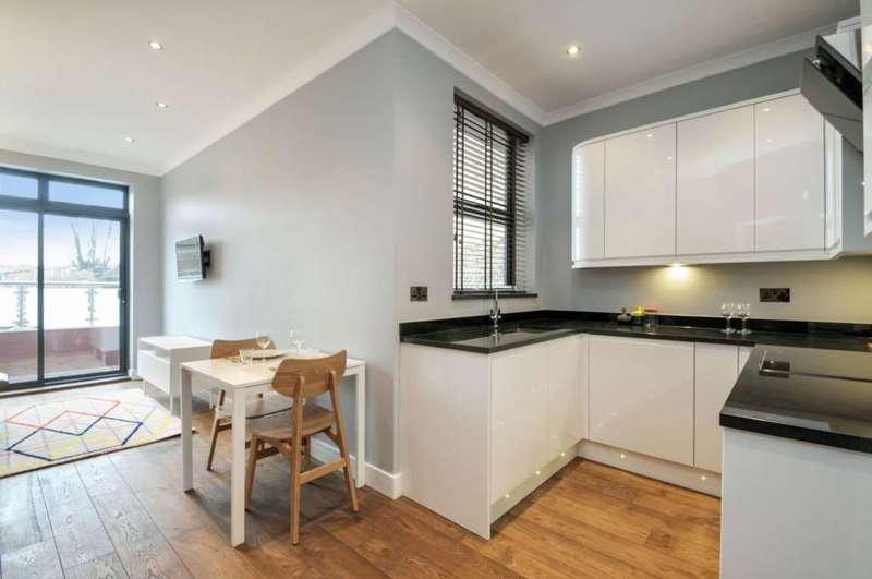 2 Bedrooms Flat for sale in Uxbridge Road, Shepherds Bush, W12 7JA