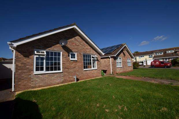 2 Bedrooms Detached Bungalow for sale in Tavistock Place, Broadsands Park, Paignton, Devon