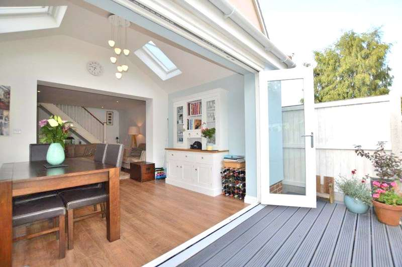 3 Bedrooms Terraced House for sale in Quendon